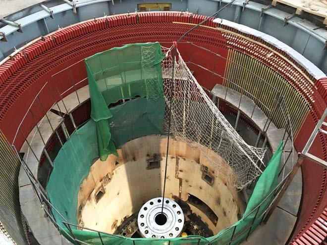 Zongo II水电站机组安装也在紧张进行中