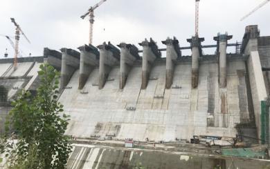 丰满水电站大坝10#-19#坝段闸墩预应力锚索工程